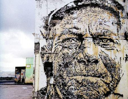 19 AVRIL – 19.30 – VHILS (Portugal), percer les murs, la destruction créatrice.