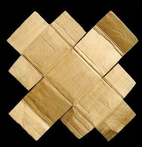 Christian Renonciat, 2000, carton déplié, 80x80, bois de tilleul